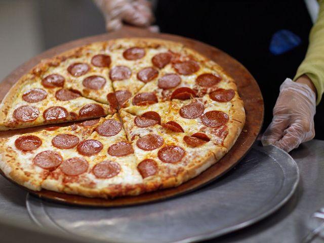 Pizza of the future? Little Caesars unveils the self-serve 'pizza portal'