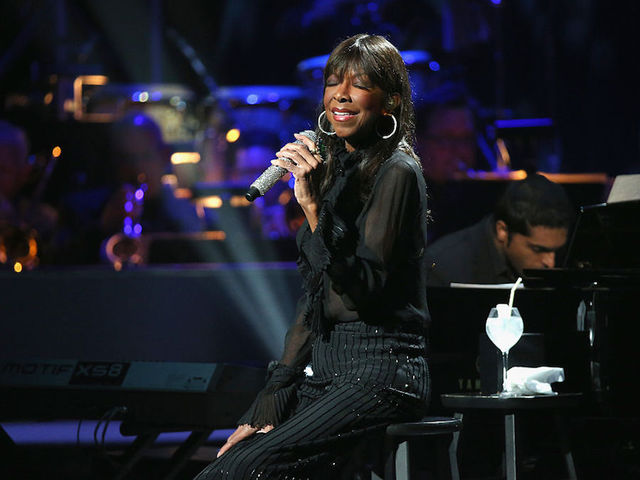 Stars pay tribute to Natalie Cole following her death at 65