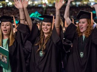 Gov. wants college students to graduate on time