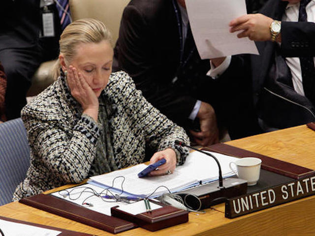 Clinton 'careless' with emails, but no charges recommended — Federal Bureau of Investigation director