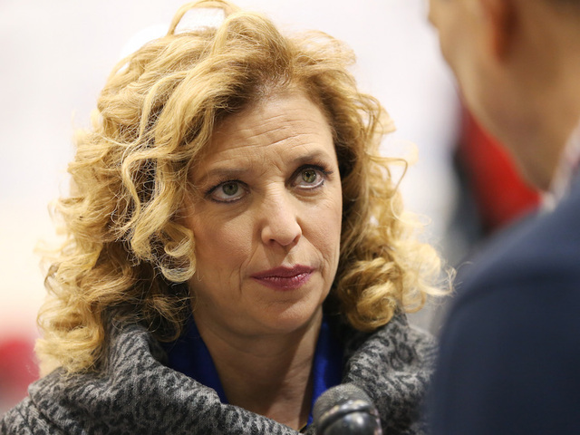 Democratic National Committee Chief Debbie Wasserman Schultz Stepping Aside After Convention