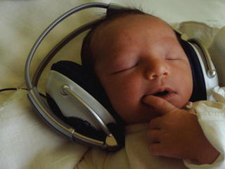 This song is guaranteed to make your baby happy