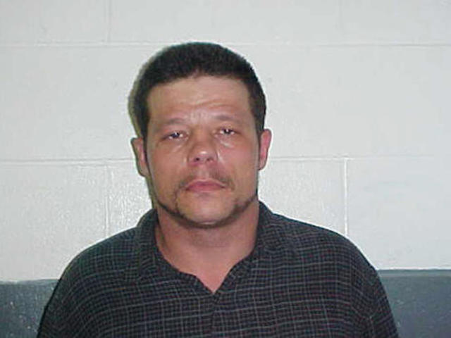 Manhunt for Oklahoma decapitation suspect continues