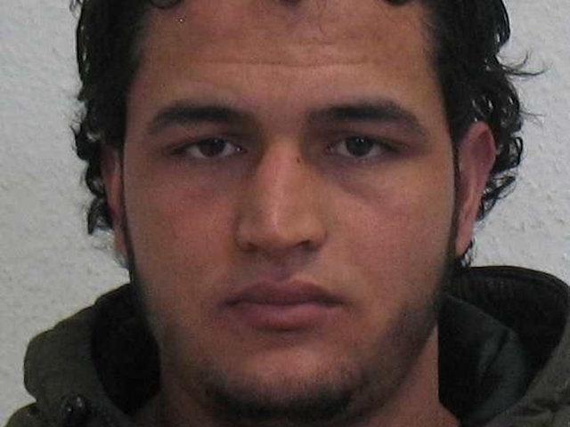 Wrap-up: Berlin truck attack suspect gunned down