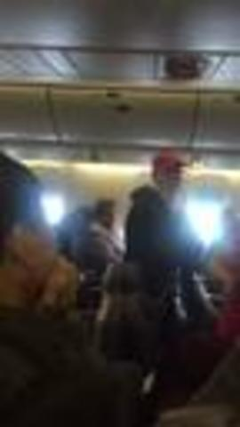 Man with -Make America Great- hat gets booted from United flight