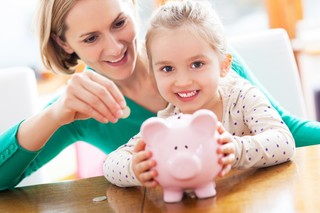 Tips to find the right savings account for kids