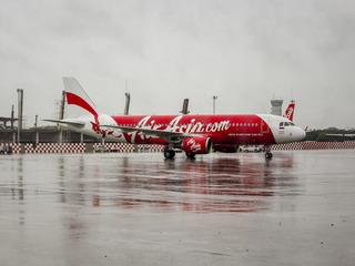 AirAsia staff accused of 'screaming' in flight