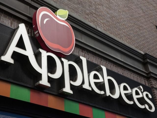 Applebee's Puts $1 Long Island Iced Teas on the Menu for December