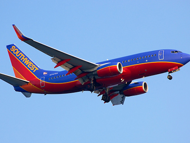 Southwest Airlines Co. (LUV) — Recommendation Trends