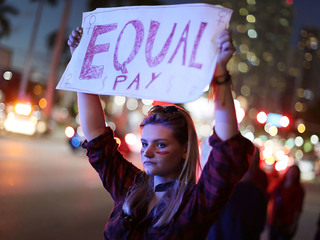 Gender pay gap widens at the top, report says
