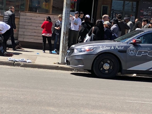 Toronto Police Seen Confronting, Arresting Man After Van Hits Pedestrians