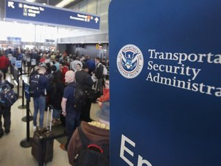 TSA takes closer look at powders in carry-ons