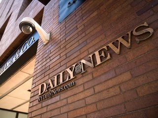 NY Daily News to slash half of editorial team