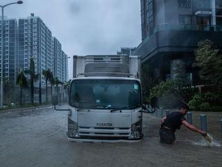 Typhoon Mangkhut: Dozens killed, missing