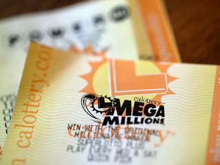 Mega Millions, Powerball jackpots over $1B