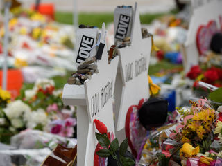 Synagogue shooting suspect follower arrested
